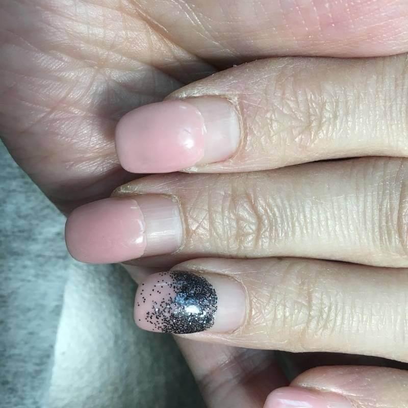Как долго можно носить гель-лак на ногтях
