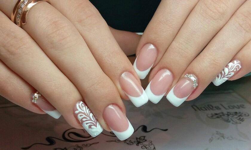 Наращенные ногти с дизайном